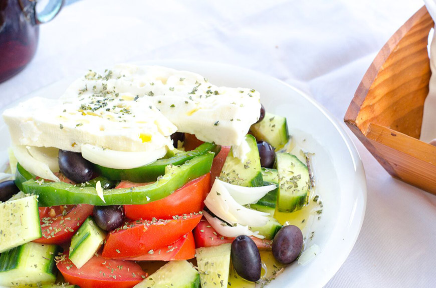 greek-salad-villalikehome