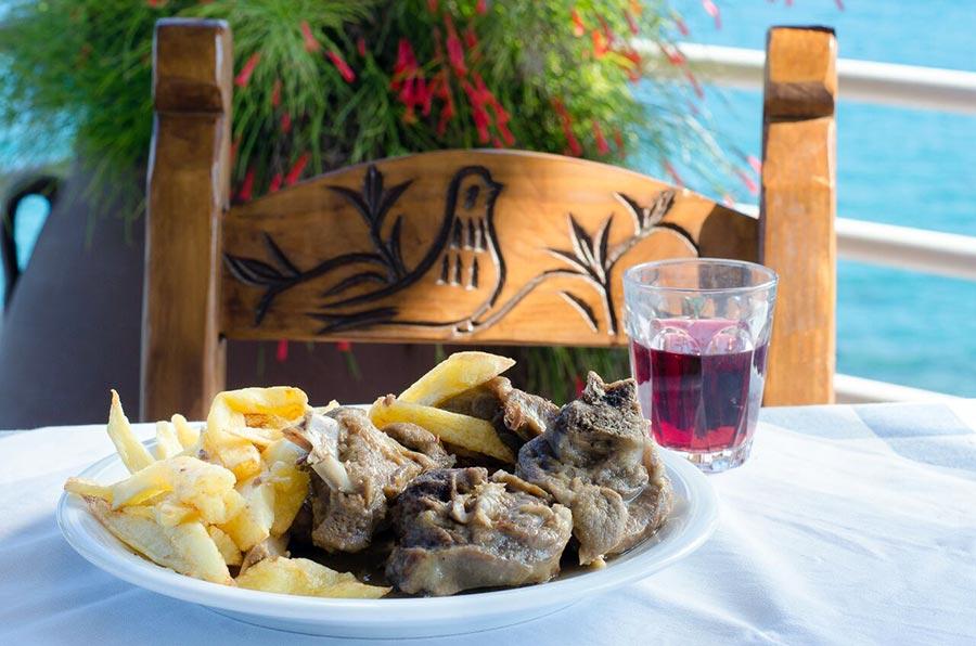 lamb-tsigariasto-crete-cuisine