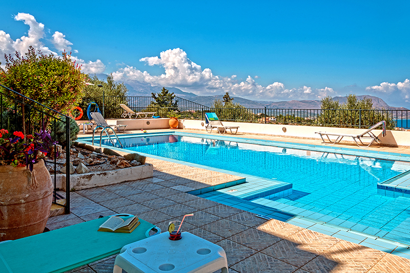Luxury holiday home with unobstructed view to Souda bay, Crete
