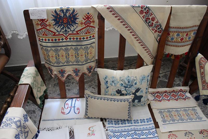 Greek textiles