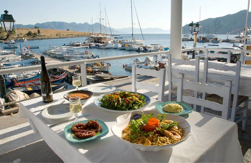 Fish tavern in Aegina
