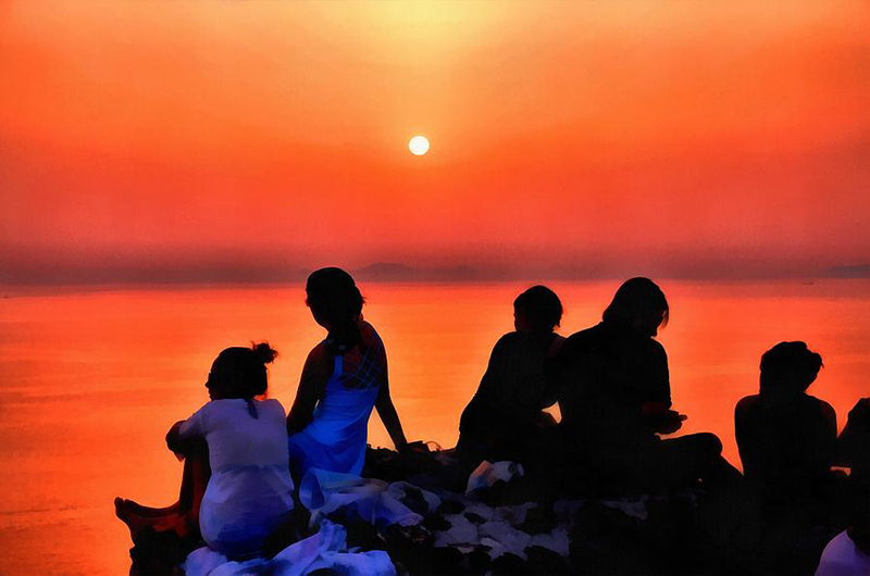 The sunset in Oia, Santorini