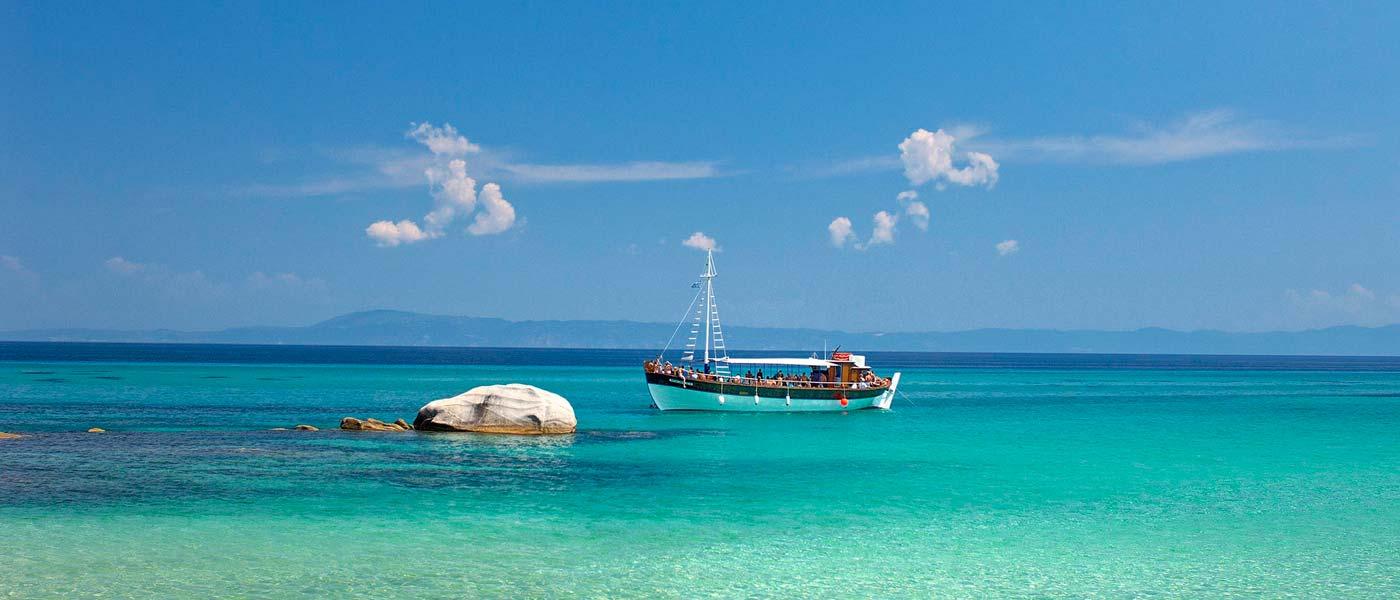 Luxury Villa Holidays In Santorini