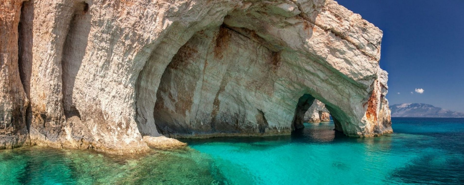 Zakynthos Holidays The Fiore Di Levante Of Ionian Sea