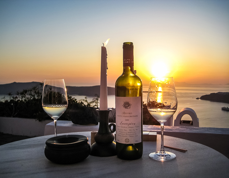 Assyrtiko wine of Santorini