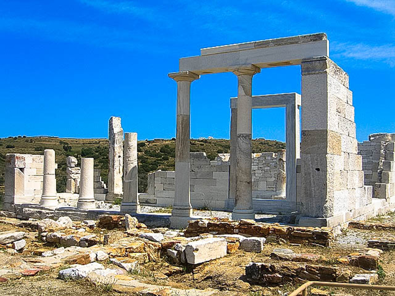 The temple of Demitra, Naxos holidays